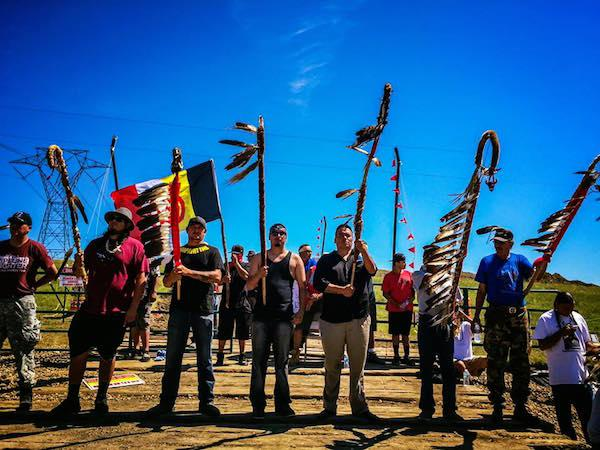 no_dapl-holding_the_line-courtesy_honor_the_earth
