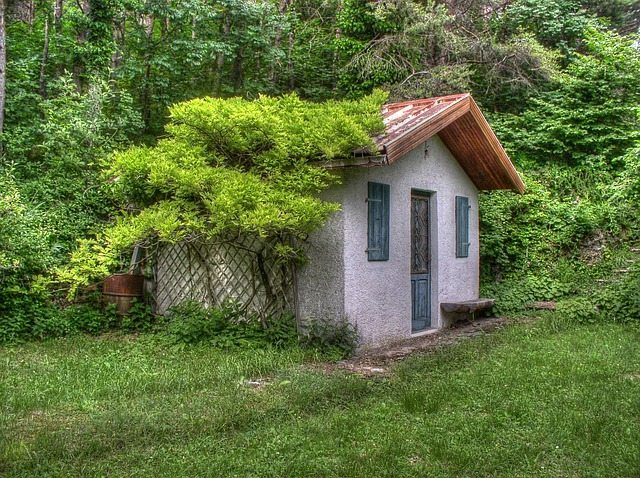 small-house-353929_640