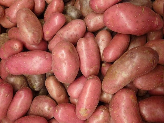 potatoes-2078775_640