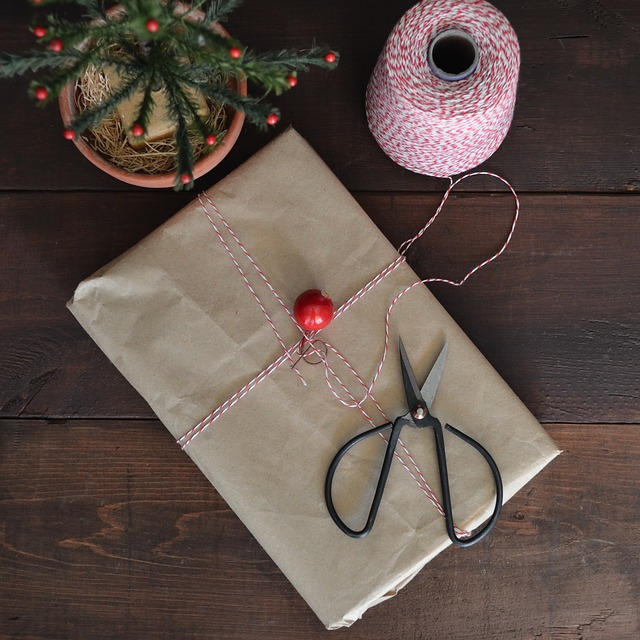 gift wrapping alternatives
